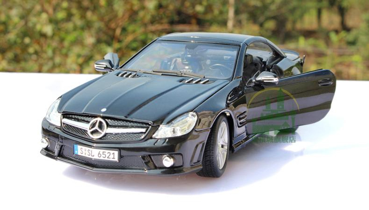 Maisto Mercedes-Benz SL65 AMG Black Series 2009 Hardtop schwarz 1:18