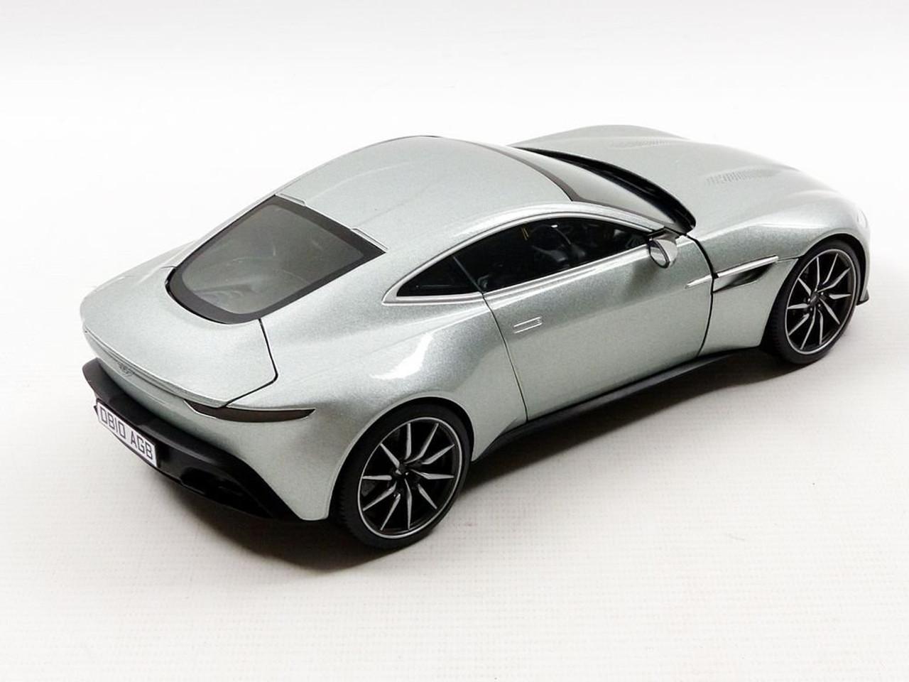 Hot Wheels James Bond 007 Spectre Aston Martin Db10 Car On