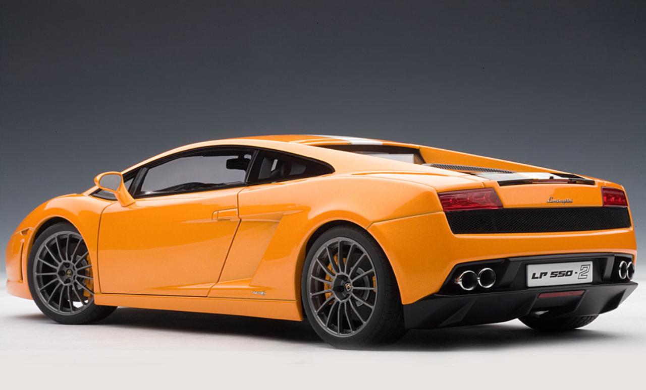 1 18 Autoart Lamborghini Gallardo Lp550 2 Valentino Balboni
