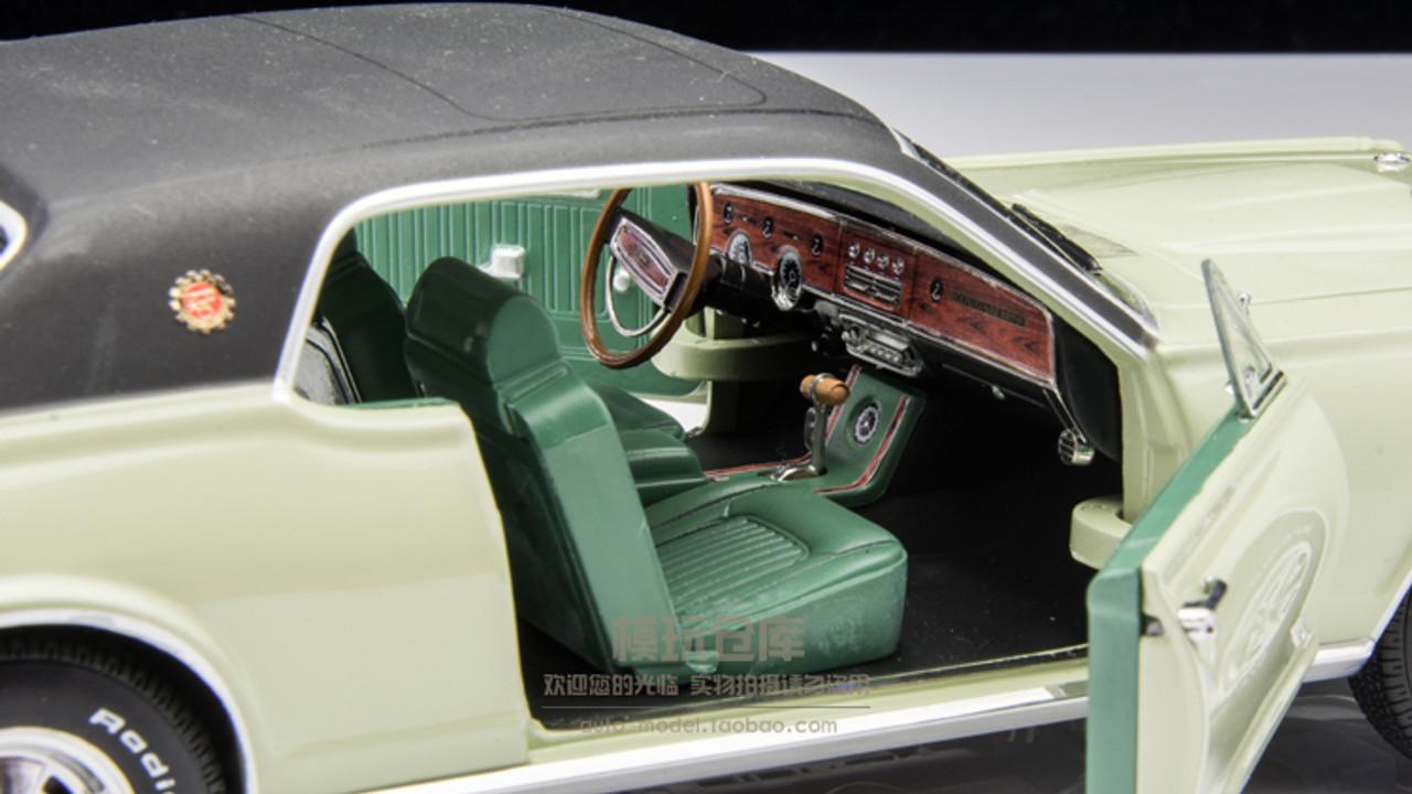 1/18 SS Sunstar Mercury Cougar XR7 XR7-G XR7G (Light Green) Diecast Car Model