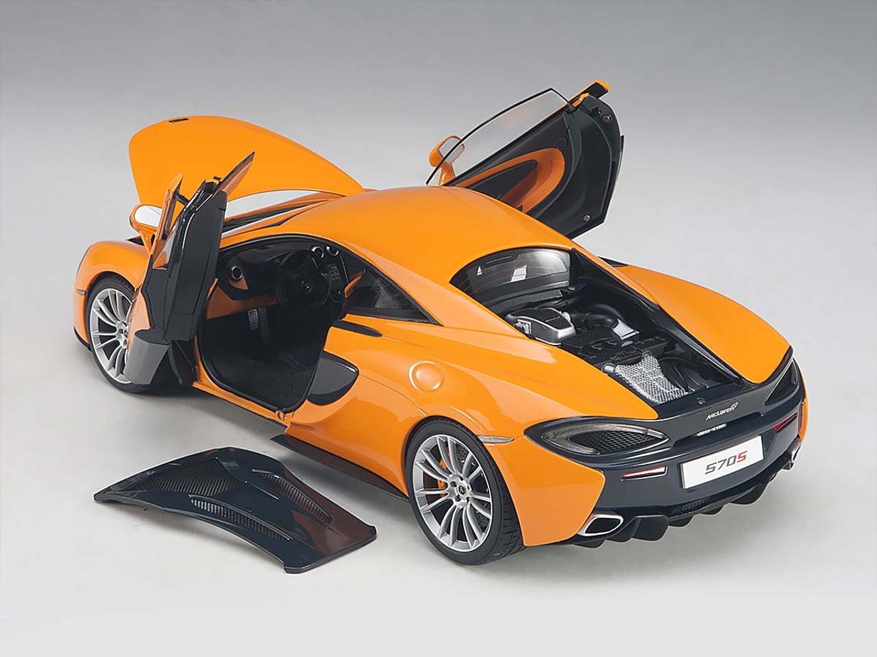 AUTOart 76044 1:18 McLaren 570S McLaren Orange with Silver wheels