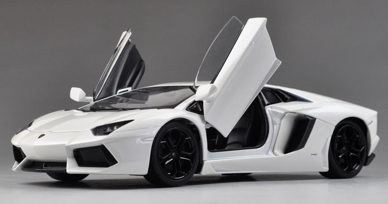 最も人気のある White Lamborghini Aventador Lp 700 4 - 壁紙 恵比寿