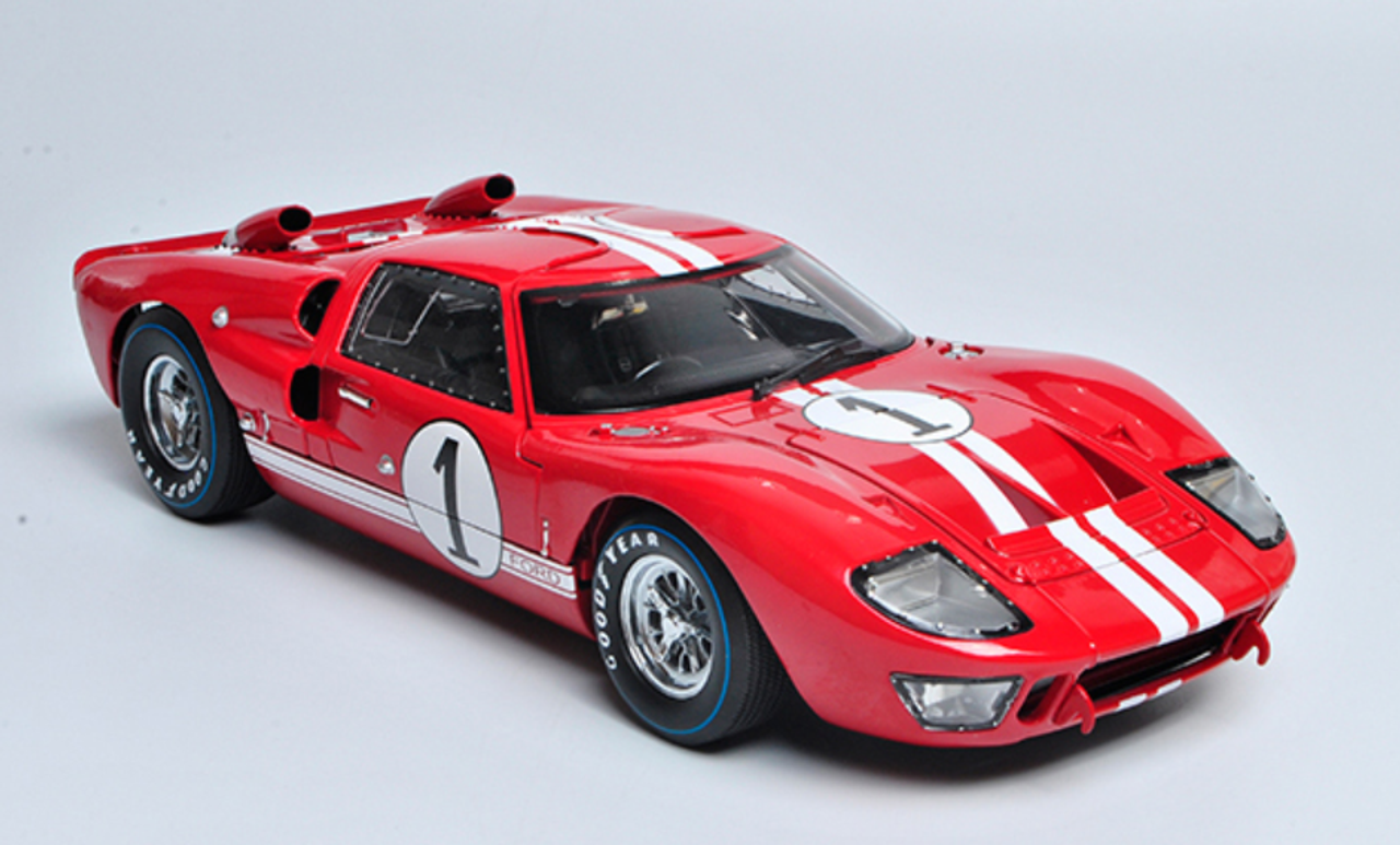 1 18 Shelby Collectibles Ford Gt 40 Gt40 Mk Ii Mkii 1 Red Diecast Car Model Livecarmodel Com