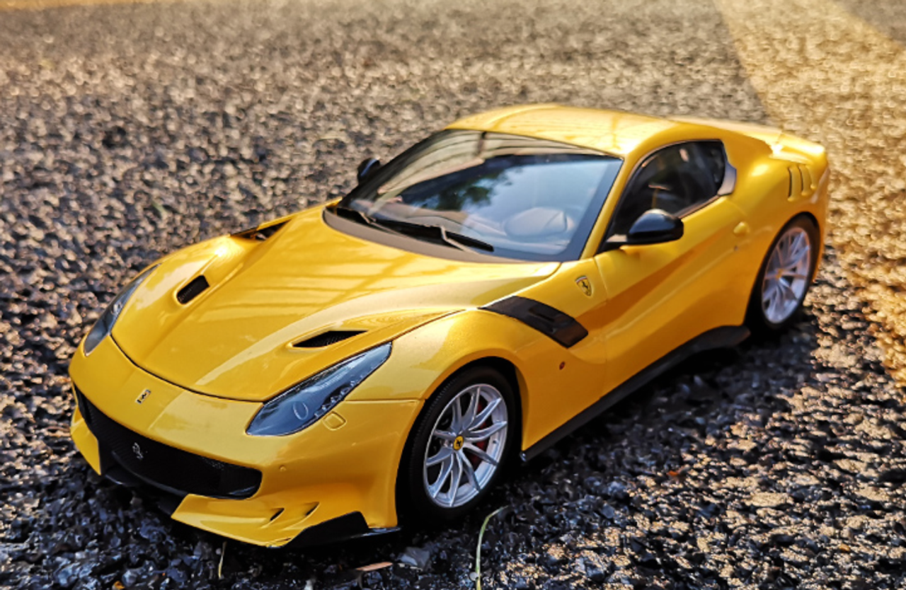1 18 Bbr Ferrari F12 Tdf Yellow Diecast Car Model Limited Livecarmodel Com