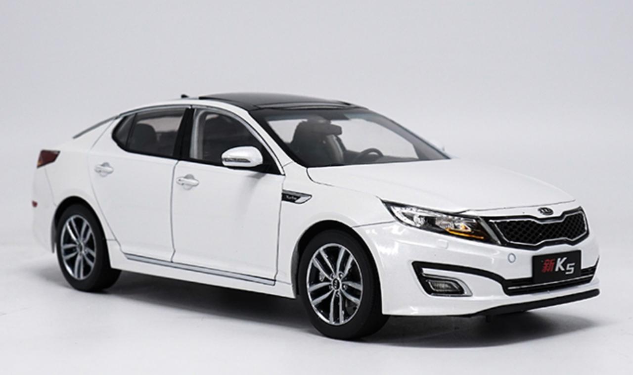 White Kia Optima >> 1 18 Dealer Edition 2014 Kia Optima K5 White Diecast Car Model