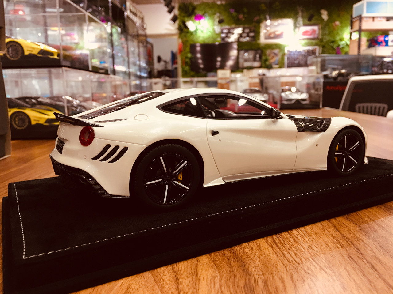 1 18 Mansory Ferrari F12 Pearl White Resin Car Model Livecarmodel Com