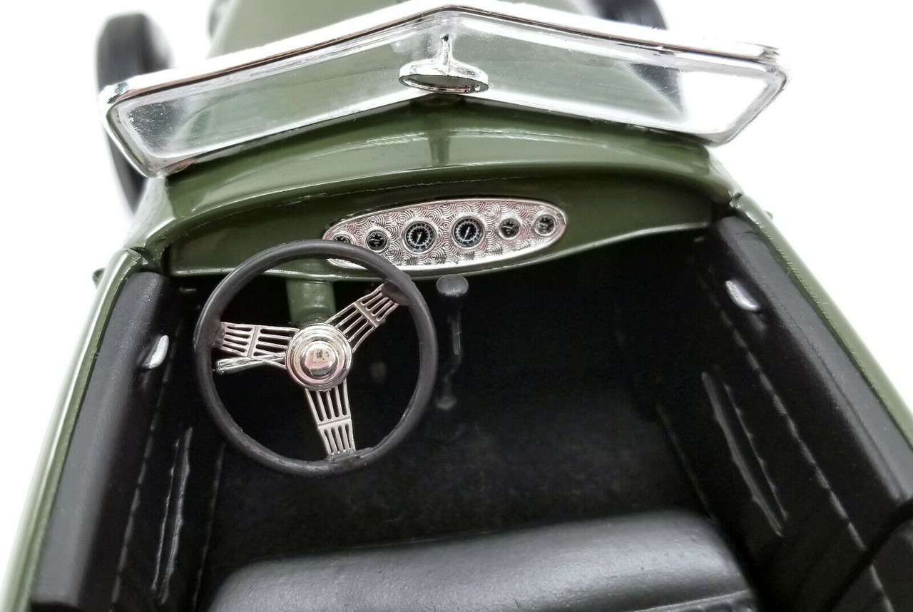 1/18 ACME 1932 Ford Hi-Boy Roadster Olive Green Hot Rod Diecast Car Model