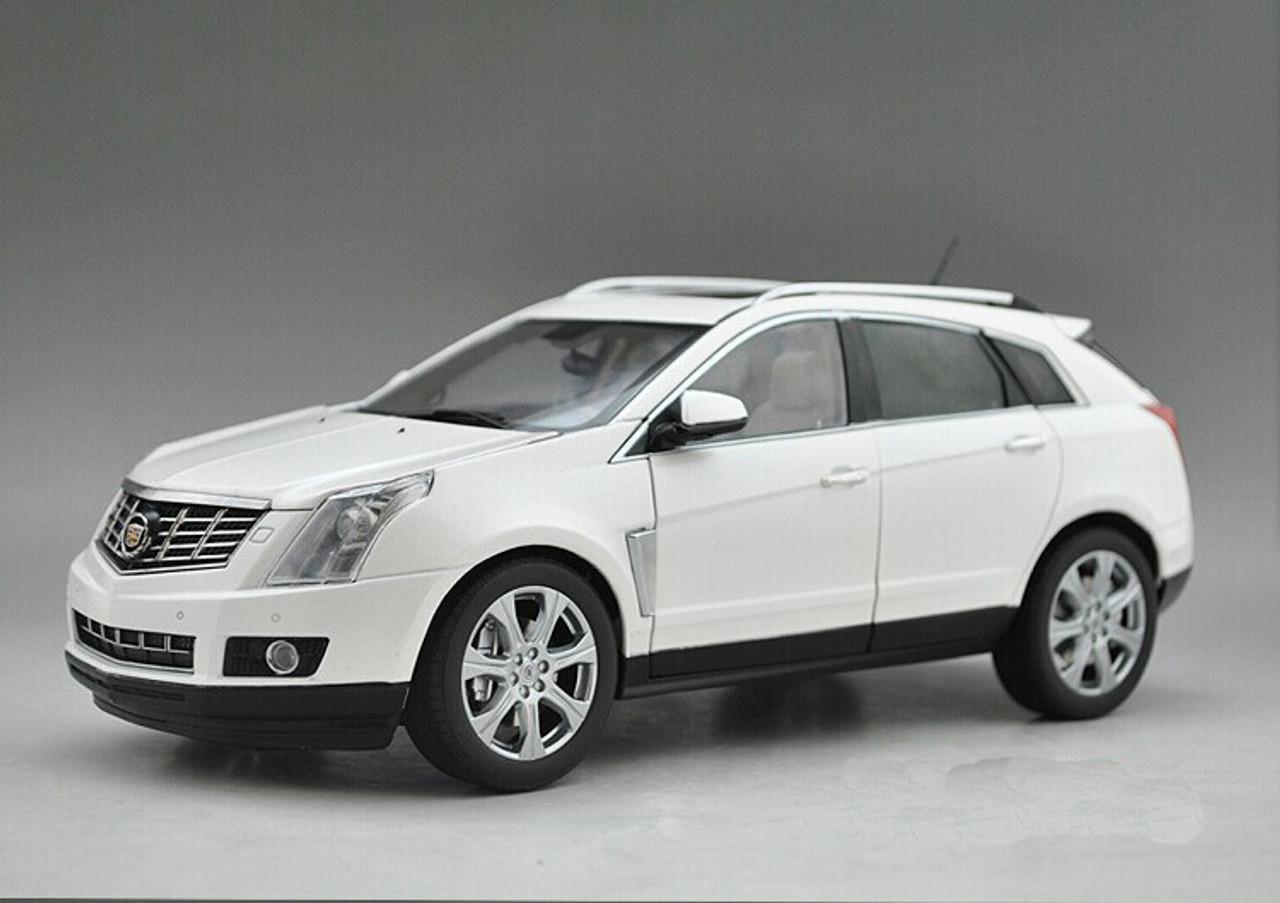 1/18 Dealer Edition Cadillac SRX (White) Diecast Car Model ...