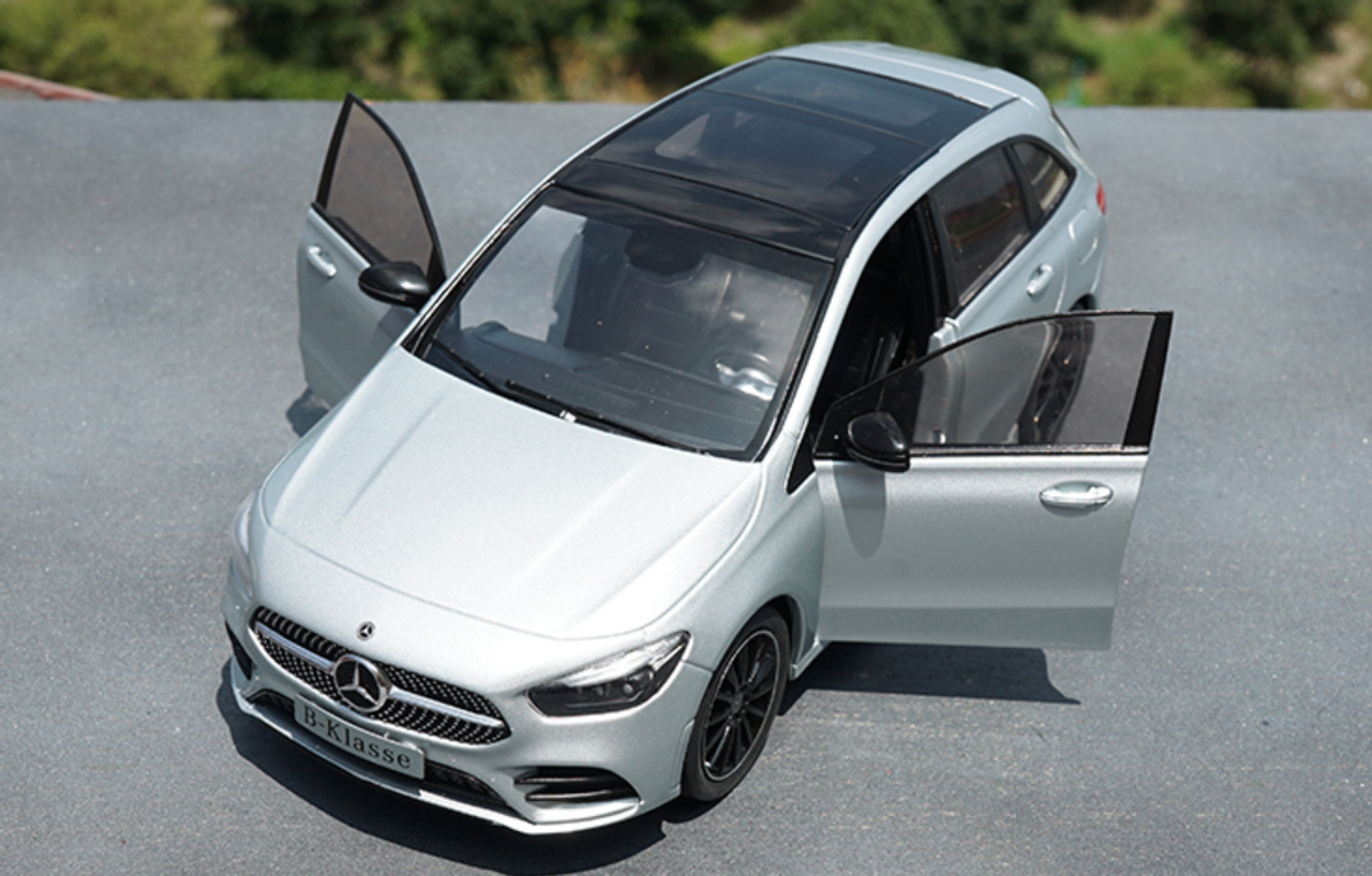 1/18 Dealer Edition 2018 Mercedes-Benz Mercedes B-Class B Class W247 (Silver) Diecast Car Model