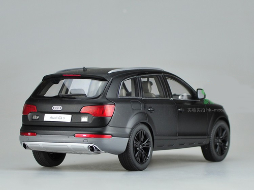 1/18 KYOSHO AUDI Q7 (Matte Black) Diecast Car Model