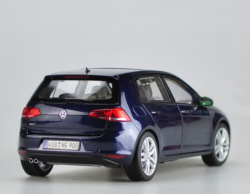 1/18 Dealer Edition Volkswagen VW Golf VII 7 (Dark Blue)