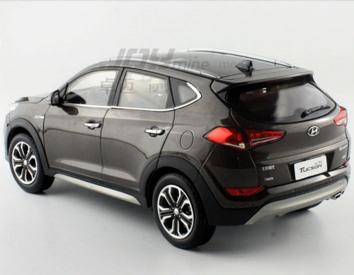 1/18 Dealer Edition 2015 Hyundai Tucson (Brown)