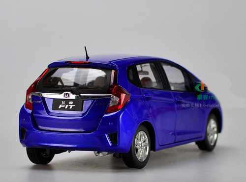 1/18 Dealer Edition Honda Fit (Blue)