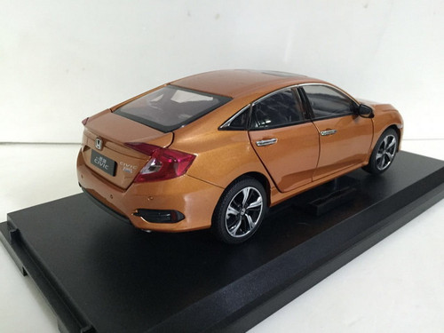 1/18 Dealer Edition 2016 Honda Civic (Orange) Diecast Car Model