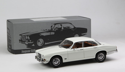 1/18 Paragon 1971 Jaguar XJ6 Series 1 (White)