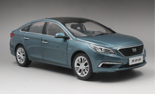 1/18 Dealer Edition 9th Gen Hyundai Sonata (Blue) Diecast Car Model