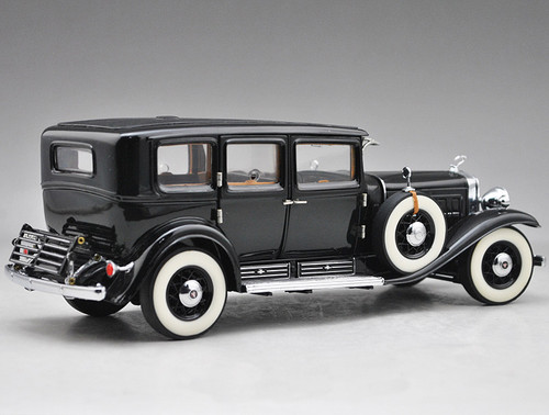 1/24 Franklin Mint 1930 Cadillac V-16 Sedan Model Al Capone B11XE83
