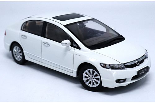 1/18 Dealer Edition Honda Civic (White) 8th Generation