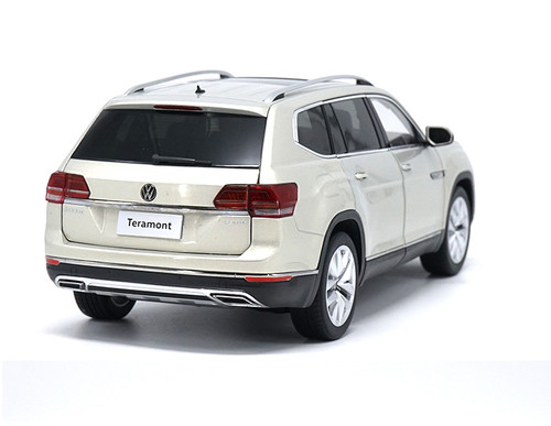 1/18 Dealer Edition Volkswagen VW Atlas / Teramont (Silver) Diecast Car Model