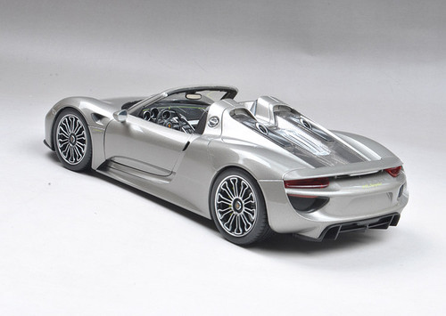 1/18 Welly FX Porsche 918 Spider