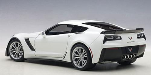 1/18 AUTOart Chevrolet Corvette C7 Z06 (ARCTIC WHITE) 71261