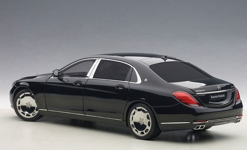 1/18 AUTOart MERCEDES MAYBACH S-KLASSE S600 (BLACK) Diecast Car Model 76293