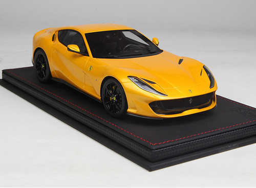 1/18 BBR Ferrari 812 Superfast (Yellow) Resin Model