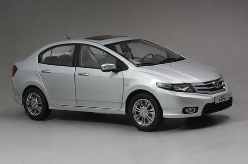 1/18 Dealer Edition Honda City (Silver) Diecast Car Model