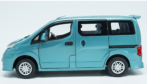 1/18 Dealer Edition Nissan NV200 (Blue)