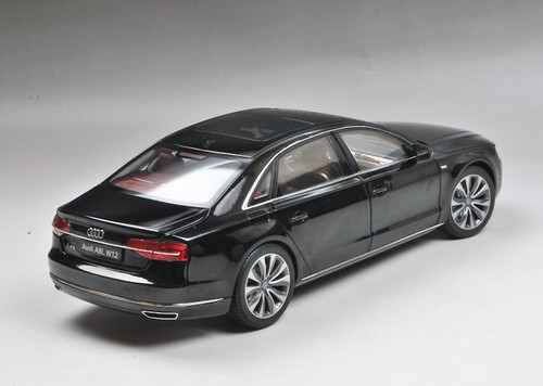1/18 Kyosho 2014 Audi A8 A8L W12 (Black) Diecast Car Model