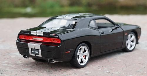 1/24 Welly FX Dodge Challenger (Black) Diecast Car Model