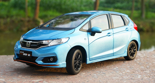 1/18 Dealer Edition 2018 Honda Fit Sport (Blue)