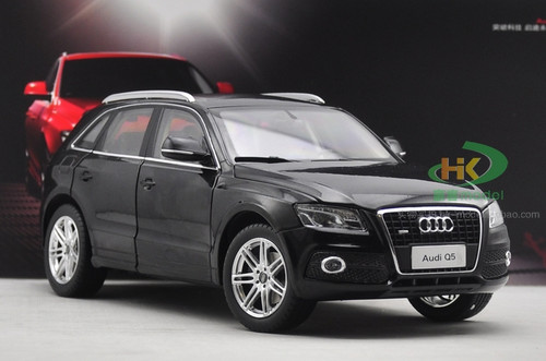 1/18 Dealer Edition Audi Q5 (Black) Diecast Car Model