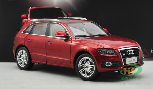 1/18 Dealer Edition Audi Q5 (Red) Diecast Car Model