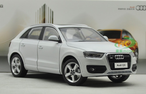 1/18 Dealer Edition Audi Q3 (White) Diecast Car Model