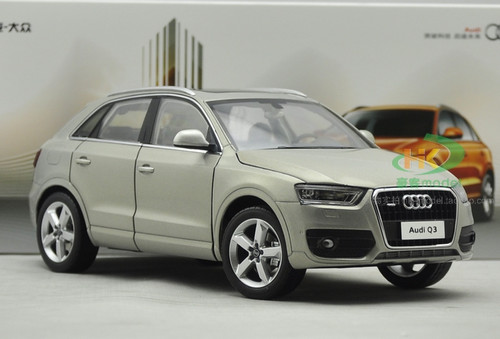 1/18 Dealer Edition Audi Q3 (Cream) Diecast Car Model