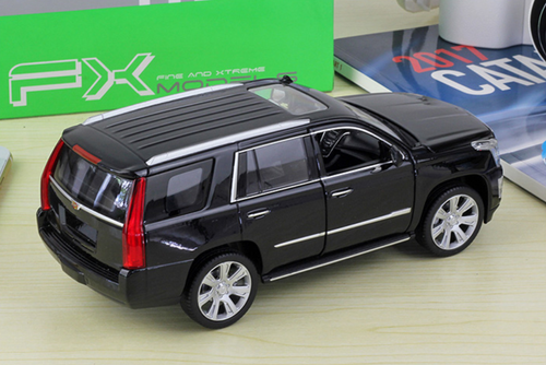 1/24 Welly FX 2017 Cadillac Escalade (Black) Diecast Model