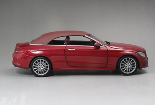 1/18 Dealer Edition Mercedes-Benz C-Class Coupe C-Klasse Cabriolet (Dark Red) Diecast Model