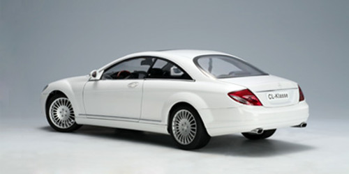 1/18 AUTOART MERCEDES-BENZ CL-CLASS CL-KLASSE COUPE (WHITE) Diecast Model 76166