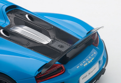 1/18 AUTOART PORSCHE 918 SPYDER WEISSACH PACKAGE (RIVIERA BLUE) Diecast Model 77924
