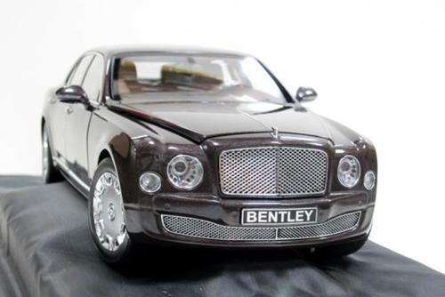 1/18 Minichamps Bentley Mulsanne (Brown Metallic) Diecast Car Model