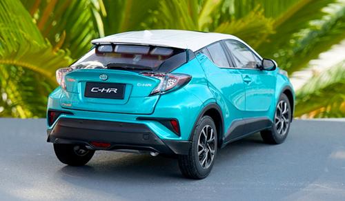 1/18 Dealer Edition Toyota C-HR CHR IZOA (Blue w/ White Roof) Diecast Model