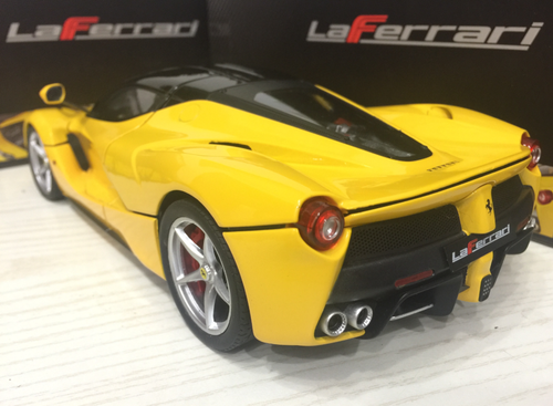 1/18 Hot Wheels Hotwheels Elite Ferrari LaFerrari (Yellow) Diecast Model