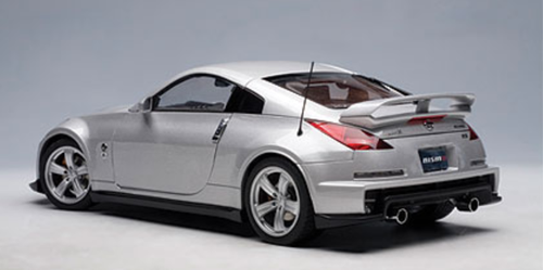 1/18 AUTOart NISSAN FAIRLADY Z VERSION NISMO 2007 TYPE 380RS - BRILLIANT SILVER Diecast Model 77401