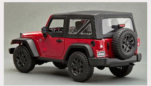 1/18 Maisto Jeep Wrangler w/ Top (Red) Diecast Model