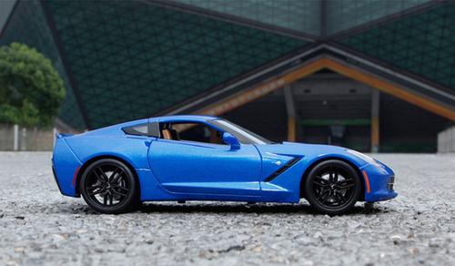 1/18 Maisto Chevrolet Chevy Corvette Z51 (Blue) Diecast Model