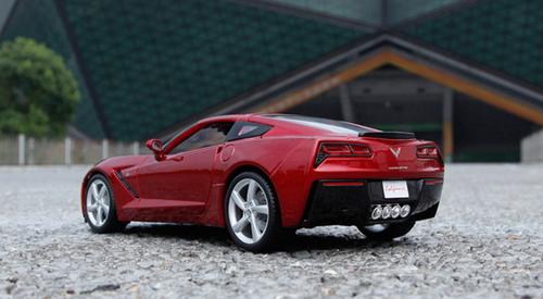 1/18 Maisto Chevrolet Chevy Corvette Z51 (Red) Diecast Model