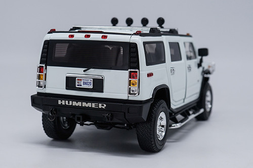 1/18 Highway 61 Highway61 Hummer H2 (White) Diecast Model