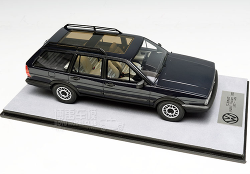 1/18 Dealer Edition Classic 1980-1989 Volkswagen VW Passat Variant / Santana Hatchback Wagon (Blue) Resin Car Model