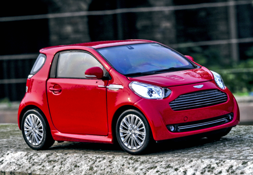 1/24 Welly FX Aston Martin Cygnet (Red) Diecast Car Model